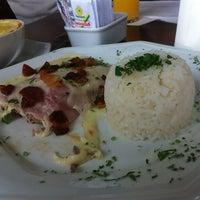 Photo taken at Sediari Espaço Gourmet by Guilherme S. on 9/21/2012