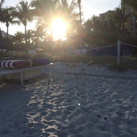 Photo taken at Ritz Carlton Key Biscayne white sand beach by Halbo on 1/15/2015