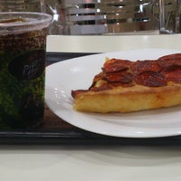 Photo taken at Pizza Hut by Rodrigo T. on 1/26/2013