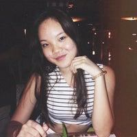 Das Foto wurde bei MozzarellA Restaurant & Bar von QuynhAnh T. am 10/9/2014 aufgenommen