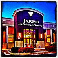 Photo taken at Jared the Galleria of Jewelry by Andrew S. on 11/20/2013