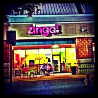 Photo taken at Zinga! Frozen Yogurt by Andrew S. on 9/4/2013