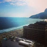 Das Foto wurde bei Everest Rio Hotel von Leandro O. am 5/10/2013 aufgenommen