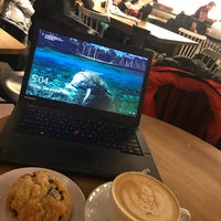 Photo taken at Pavement Coffeehouse by Kevin V. on 12/15/2017
