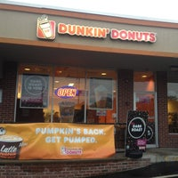 Photo taken at Dunkin Donuts by Kevin V. on 10/11/2014