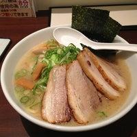 Photo taken at つけ麺らーめんダイニング 春樹 by みか げ. on 7/28/2013