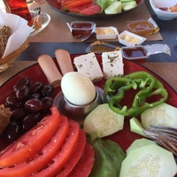 Photo taken at Μάνικα Καφέ by Hanım-Erkan on 8/27/2017