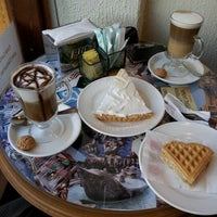 Photo taken at Lo Spuntino Caffé by Pepa H. on 1/2/2013