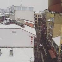 Photo taken at Kadıköy Müzik Akademisi by Oguz H. on 1/2/2016