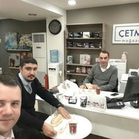 Photo taken at Çetmen mağazası Ümraniye Çarşı Şubesi by Seyda S. on 2/7/2016
