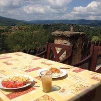 7/24/2014 tarihinde Eszter T.ziyaretçi tarafından Csobánka'de çekilen fotoğraf