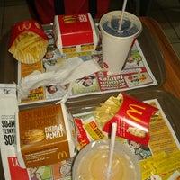 Photo taken at McDonald's by Neto J. on 11/6/2012