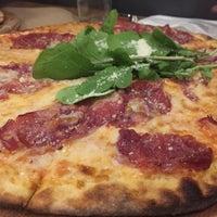 11/2/2015 tarihinde Mert P.ziyaretçi tarafından Pizza Locale'de çekilen fotoğraf