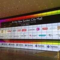 Foto scattata a Suntec City Mall da Chuan T. il 6/21/2013
