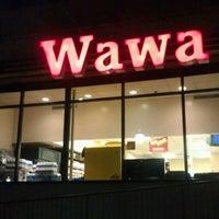 Photo taken at Wawa by Damolla H. on 1/1/2013