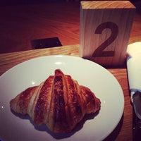 Das Foto wurde bei artisan boulangerie co. von Yu Hsiang W. am 9/4/2013 aufgenommen