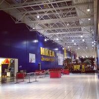 รูปภาพถ่ายที่ MEGA Mall โดย Roman D. เมื่อ 3/2/2013