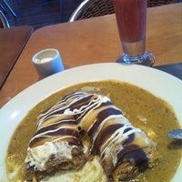 รูปภาพถ่ายที่ Crepes & Waffles โดย Grecia Z. เมื่อ 2/25/2013