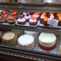 Das Foto wurde bei SanRemo Bakery von Christine am 10/20/2012 aufgenommen