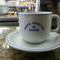 Foto tirada no(a) Panificadora Ponto Chic por Felipe A. em 10/14/2012