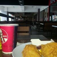 Photo taken at KFC by MEL I. on 8/3/2016