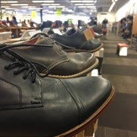 Photo taken at DSW Designer Shoe Warehouse by Emil H. on 12/31/2016