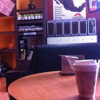 Foto tirada no(a) Cafe La Central por Alicia P. em 1/7/2014