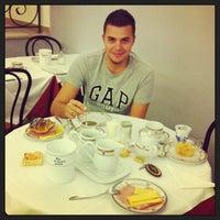 Foto scattata a Hotel Villa delle Rose da Roman il 3/16/2013