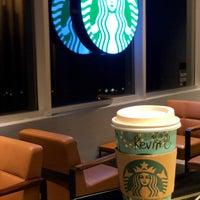 Photo taken at Starbucks by Kevinkks on 6/29/2018