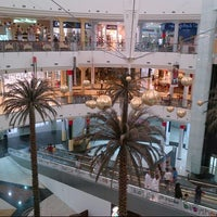 Photo taken at Madina Mall مدينة مول by gibo d. on 11/30/2012