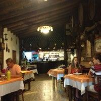 Foto tirada no(a) Restaurante Sbornea's por Rogerio A. em 2/2/2013