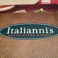 Photo taken at Italianni's Pasta, Pizza & Vino by Daniel V. on 12/1/2012