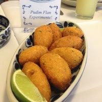 Foto tirada no(a) Restaurante Português Ora Pois por Claudia V. em 4/9/2013