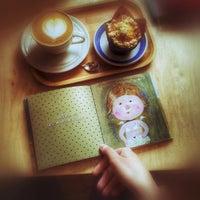Снимок сделан в Характер Кофе пользователем Maria S. 7/14/2015