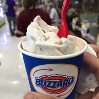 Photo taken at Dairy Queen by Siwakorn P. on 4/23/2016
