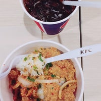 Photo taken at KFC by Siwakorn P. on 10/10/2017