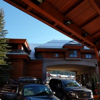 Photo taken at Grand Residences by Marriott, Lake Tahoe by Minhua Z. on 1/28/2018