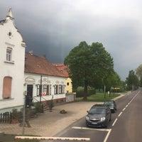 Das Foto wurde bei Elbauenpark von Altinkum Didim Emlak am 5/13/2017 aufgenommen