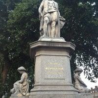 Photo taken at Sir Hugh Myddelton Statue by Frankie R. on 8/25/2013