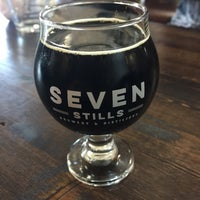 Photo prise au Seven Stills Brewery & Distillery par Clay R. le7/29/2017