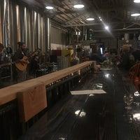 Das Foto wurde bei Seven Stills Brewery & Distillery von Clay R. am 4/7/2018 aufgenommen