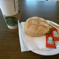 Photo taken at Starbucks by Hon L. on 3/23/2016