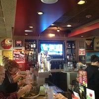 Photo taken at Applebee's Neighborhood Grill & Bar by Rick N. on 10/6/2012