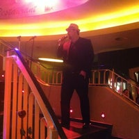 Foto tirada no(a) hausbar im Schmidt Theater por Florian H. em 11/10/2012