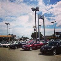 Снимок сделан в Savannah Volkswagen пользователем Chloe N. 9/11/2013