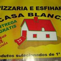 Photo taken at Pizzaria e Esfiharia Casa Blanca by Elisangela D. on 8/3/2013