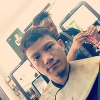 Photo taken at Nét Việt hair salon by Andy D. on 8/24/2013