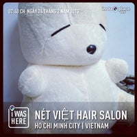 Photo taken at Nét Việt hair salon by Andy D. on 2/24/2013
