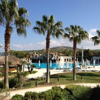 Photo taken at Sheraton Çesme Hotel, Resort and SPA by Çağlar Ö. on 10/26/2012