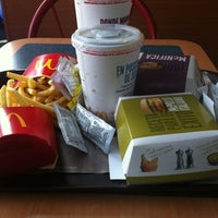 Photo taken at McDonald's by Claudio F. on 10/13/2012